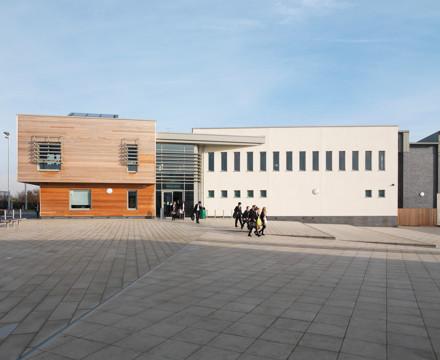 6604 Leventhorpe School Sports Centre N134 wlandscape